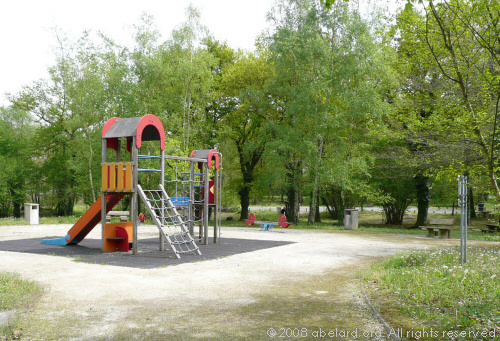 Children's play area at Poey de Lascar aire, A64