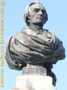 The modern replacement bust of Frederic Bastiat