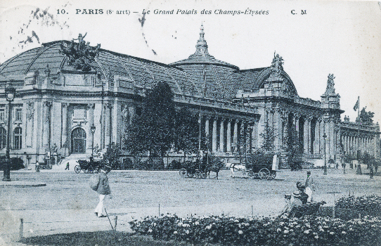 postcard showing the Grand Palais (postmarked 1918)