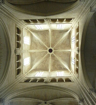Lantern-tower, Evreux. Image: Structurae - Jacques Mossot
