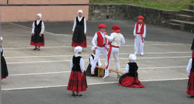 Children Basque dancing at Sourraide
