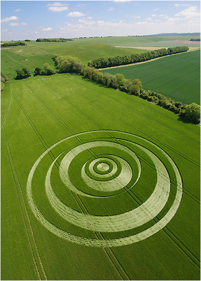Crop circle at Winterton Monkton, UK. Source: circlemakers.org