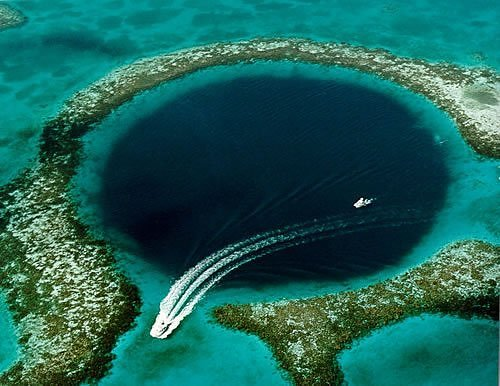 Blue Hole, Lighthouse Reef, Belize. Source: neatorama.com